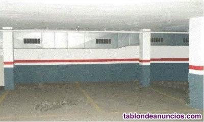 Alquilo aparcamiento para coche y moto