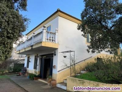ZONA MURIANO - Parcela de 1500 m2 con casa de 120 m2  planta y 120 m2 de sótano.
