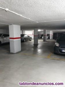 Alquilo garaje coche grande en el centro
