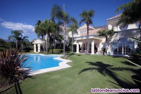 En venta, espectacular Villa  moderna  ubicada  en