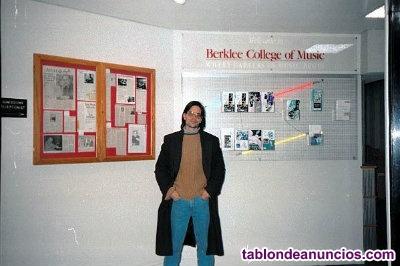 Clases de Guitarra Electrica y Musica -Metodo Berklee Completo- Via Skype.