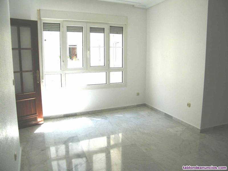 Magnífico piso para entrar a vivir cerca plaza  de san miguel