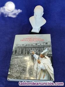 Libro L'Anno Santo della Redenzione 22 aprile 1984 y busto de Giovanni Pa