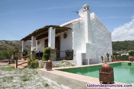 Bonita villa independiente de 100m2 con vistas mag