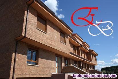 Chalet, Pareado, 350 m2, 6 dormitorios, 4 baños, 2