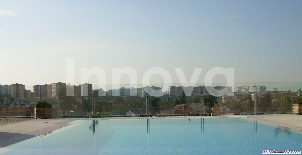 Atico con gran terraza solarium de 120 m2 con acce