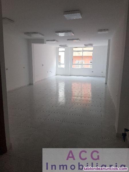 Oficina, 75 m2, Buen estado, Exterior, planta 0, a