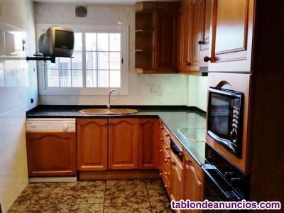 Piso, Finca Urbana, 112 m2, 4 dormitorios, 1 baños