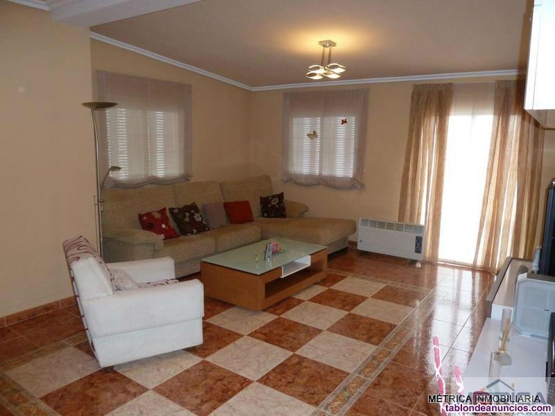 Chalet, Independiente, 200 m2, 370 Metros de jardí