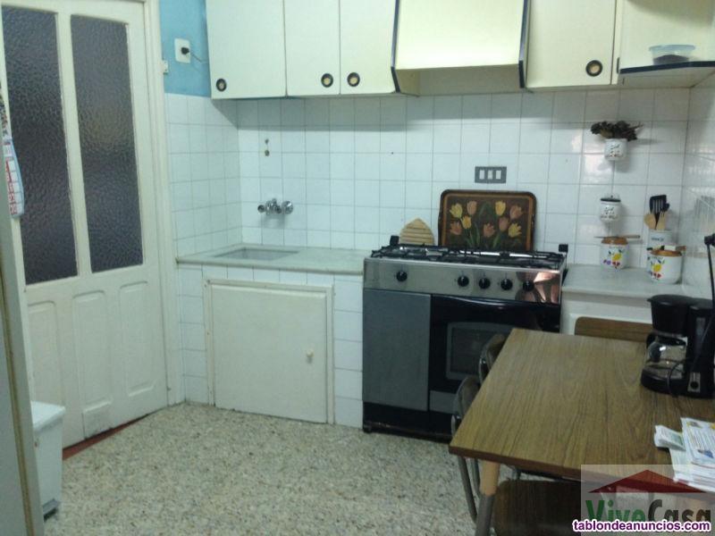 Piso, 85 m2, 3 dormitorios, 1 baños, Buen estado,