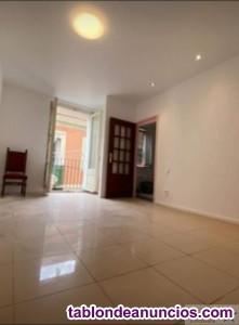 RAVAL.  Precioso piso totalmente reformado de 55 m