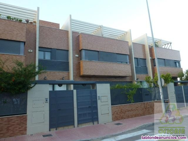 Casa, 400 m2, 5 dormitorios, 3 baños, 3 garajes, N
