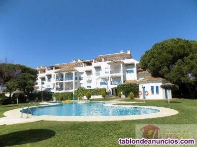 Residencial con jardines y piscina a tan solo 150