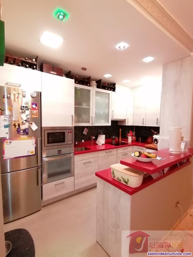 Apartamento, 140 m2, 24 Metros de jardín, 3 dormit