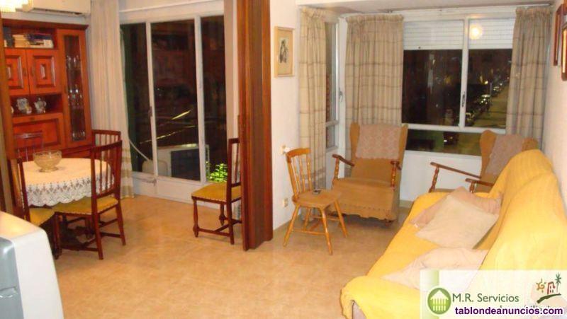 Piso, 100 m2, 3 dormitorios, 2 baños, Buen estado,
