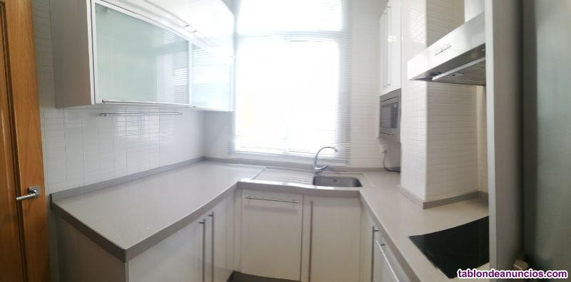 Apartamento, 83 m2, 2 dormitorios, 1 baños, Buen e