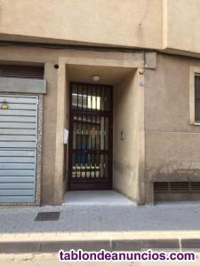 Piso, 90 m2, 3 dormitorios, 1 baños, 1 garajes, Se