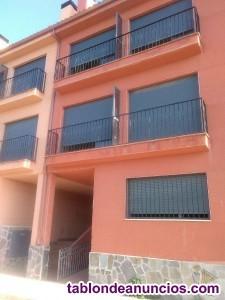 Piso, 95 m2, 2 dormitorios, 2 baños, Para reformar