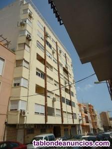 Bonito Piso de tres dormitorios en la calle Regoci