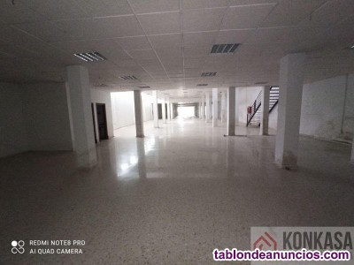 Local, Bajo, 990 m2, 2 dormitorios, Buen estado, p