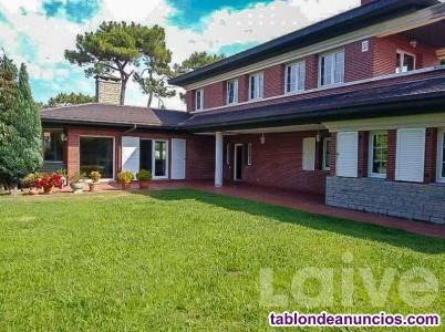 Chalet, 500 m2, 6 dormitorios, 5 baños, 5 garajes,