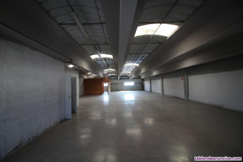 Nave, 759 m2, 8 dormitorios, Para reformar, Exteri