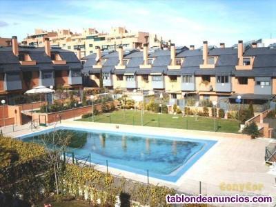Chalet, Adosado, 425 m2, 70 Metros de jardín, 5 do