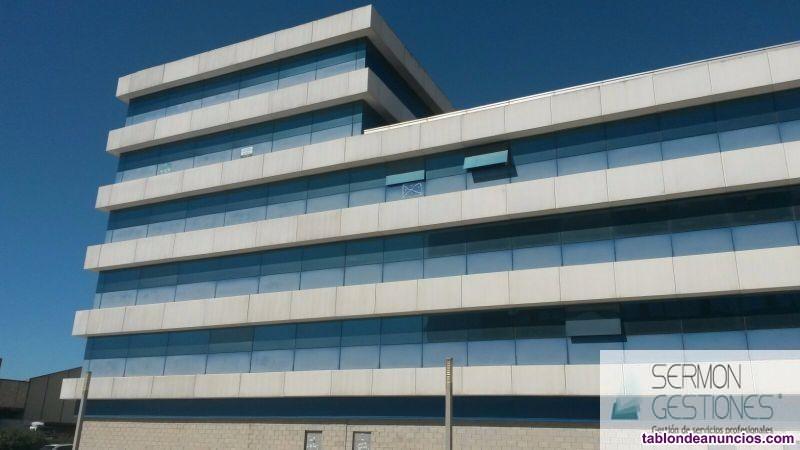 Alquiler y venta de oficina en Sevilla.La superfic