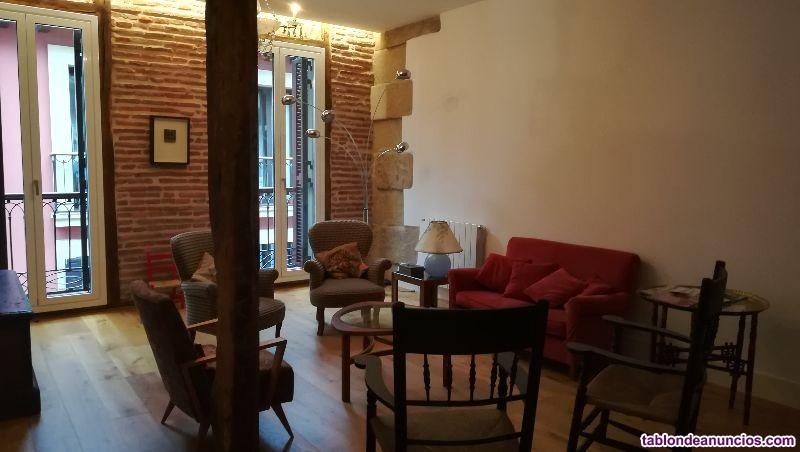DONOSTIA, PARTE VIEJA. Precioso piso, muy amplio,