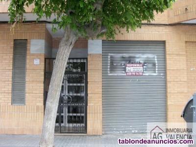 Local, 121 m2, En bruto, planta Baja,  Bajo comerc