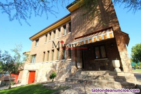 Chalet, Independiente, 383 m2, 1748 Metros de parc
