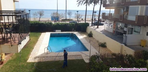 Apartamento en primera linea de playa frontal al m