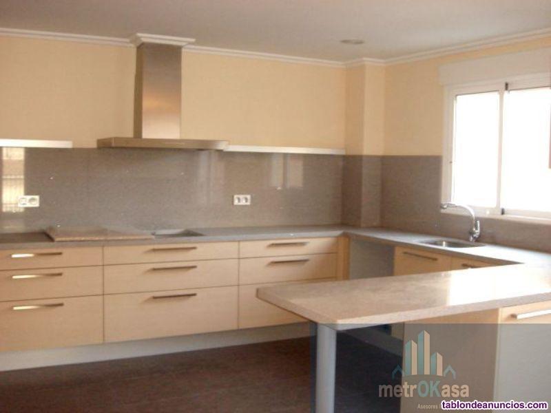 Piso, 179 m2, 4 dormitorios, 2 baños, Nuevo, Exter