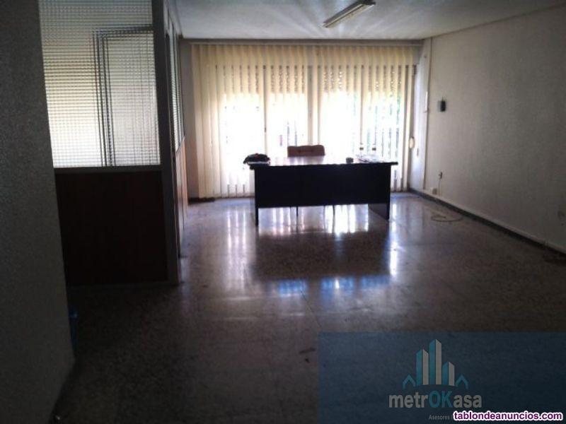 Oficina, Alto, 139 m2, 5 dormitorios, 1 baños, Est