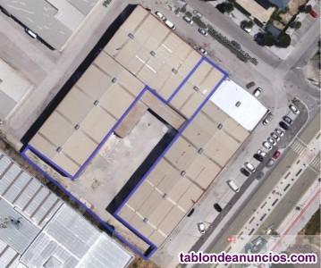 Nave industrial en zona norte con 290 m2 mas 60 m2