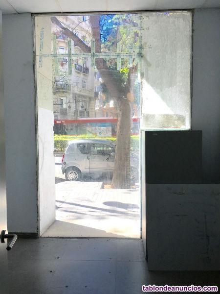 Local, 242 m2, Buen estado, planta Baja,  Local co