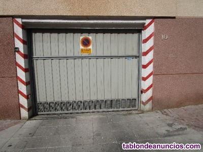 Plaza de garaje con fácil aparcamiento, al lado de