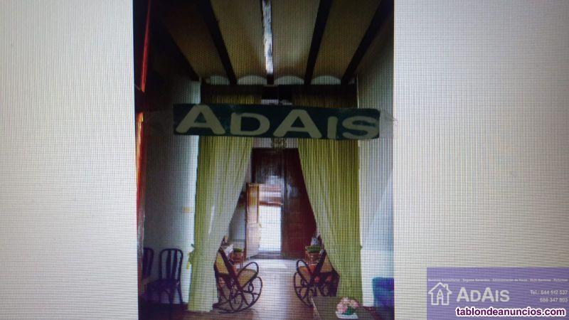 Casa, 290 m2, 4 dormitorios, 2 baños, Buen estado,