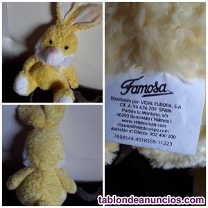 Conejo de Peluche FAMOSA