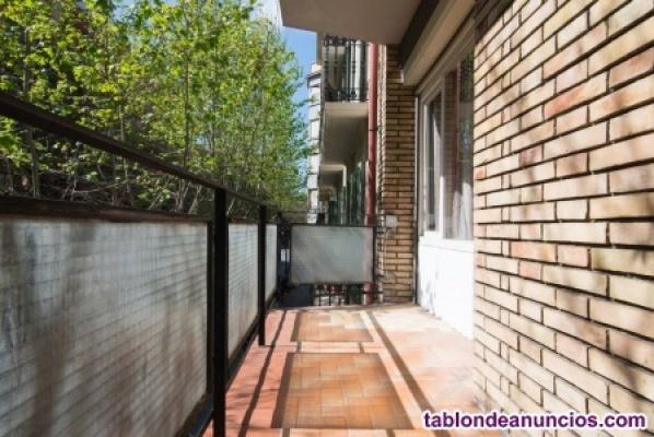 Habitacion doble y individual en calle entenza