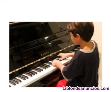 Clase de piano para infantes