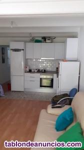 Alquilo habitacion en piso