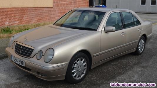 Mercedes E 220 CDI del año 2000