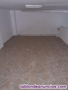 Vendo Local - 65 metros cuadrados con Naya de 20 metros cuadrados