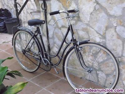 Vendo bicicleta antigua en buen estado  ruedas nuevas