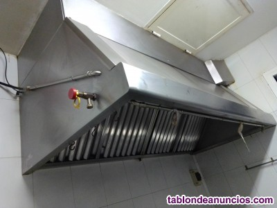 Campana extractora industrial con motor y kit antiincendios 2m