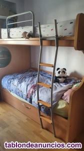 Venta de estructura cama de dos pisos (Un colchón inluido).