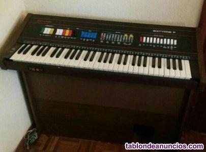 Piano electrónico SKYLINE SIXTYONE P