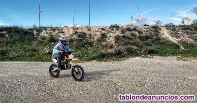 SE VENDE Pit cross CRR 125 4 velocidades Ruedas 17 14