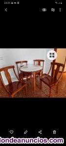 Mesa y 4 sillas estilo isabelino talladas a mano de madera maciza y mesa redonda